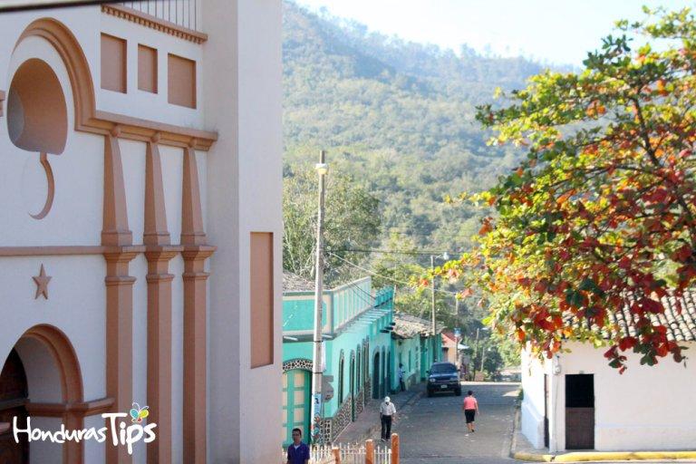 Trinidad, Santa Bárbara es un pueblo encantador lleno de misterios coloniales.