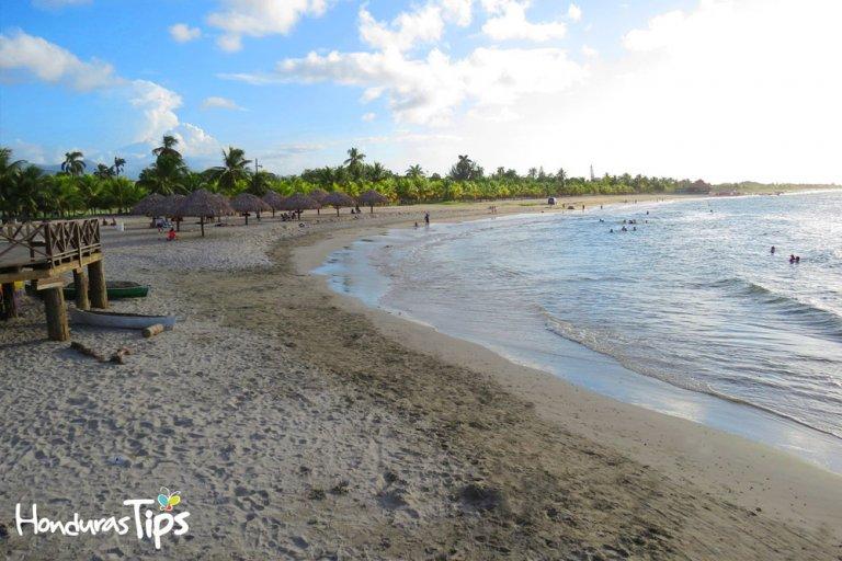 playas-municipales-de-Tela