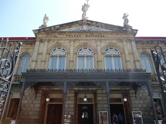 2 national-theater-teatro