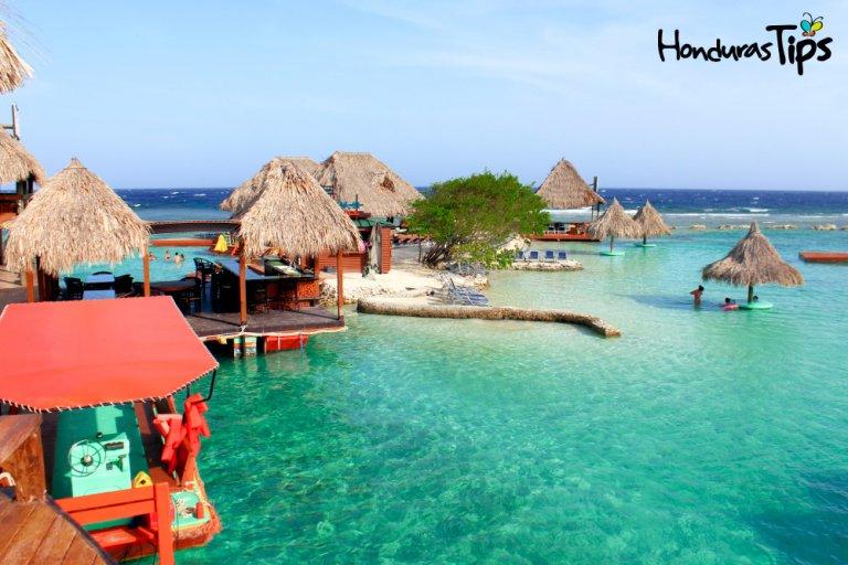 Roatán posee atractivos turísticos que recopilan la esencia del Caribe.