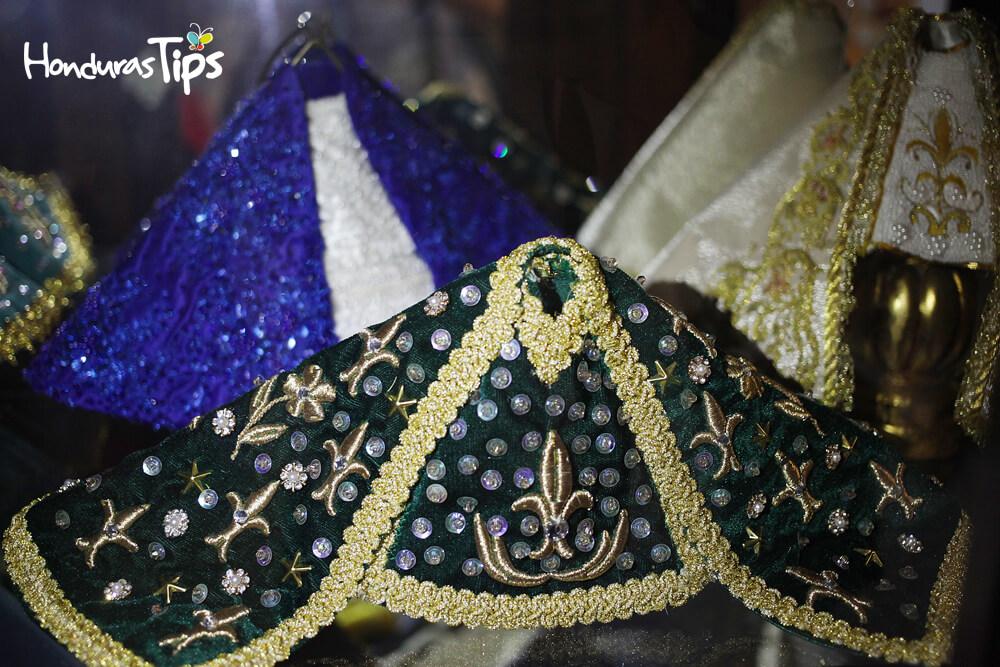 vestidos virgen de suyapa