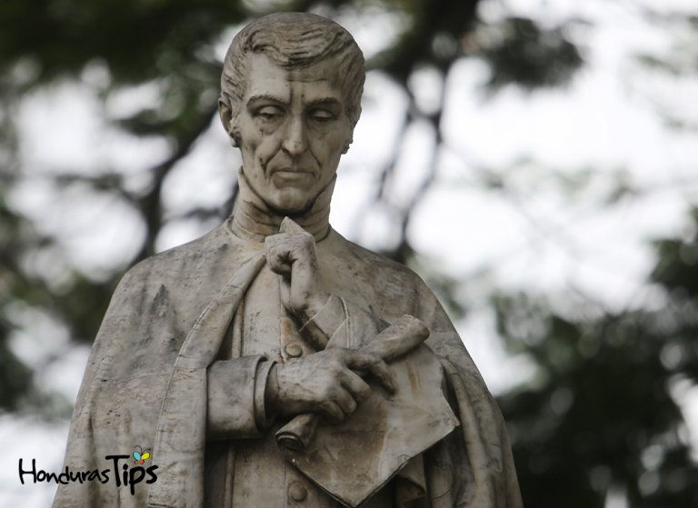 EF-estatuas tegucigalpa valle-24-10-17-63 copy