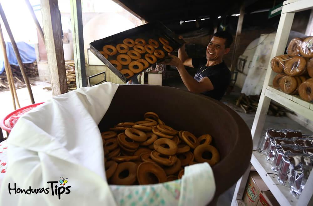 La rosquillería D'Cata es muy popular es Catacamas, Olancho, Honduras.