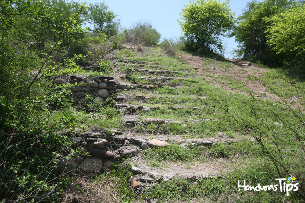 Es uno de los lugares más antiguo de Honduras, fue habitado desde antes de Cristo.