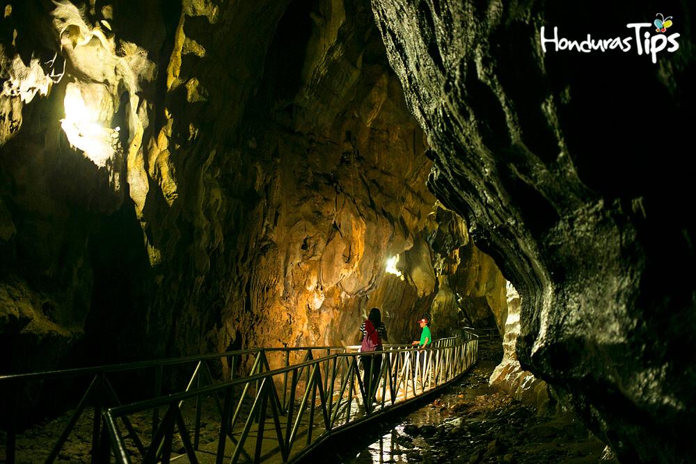cuevas de talgua