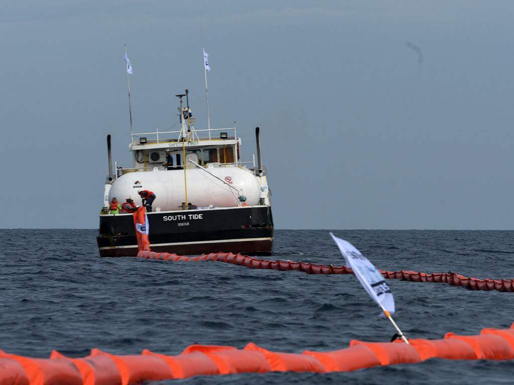Resultado de imagen para empresa israeli se propone limpiar el plastico de l mar de honduras