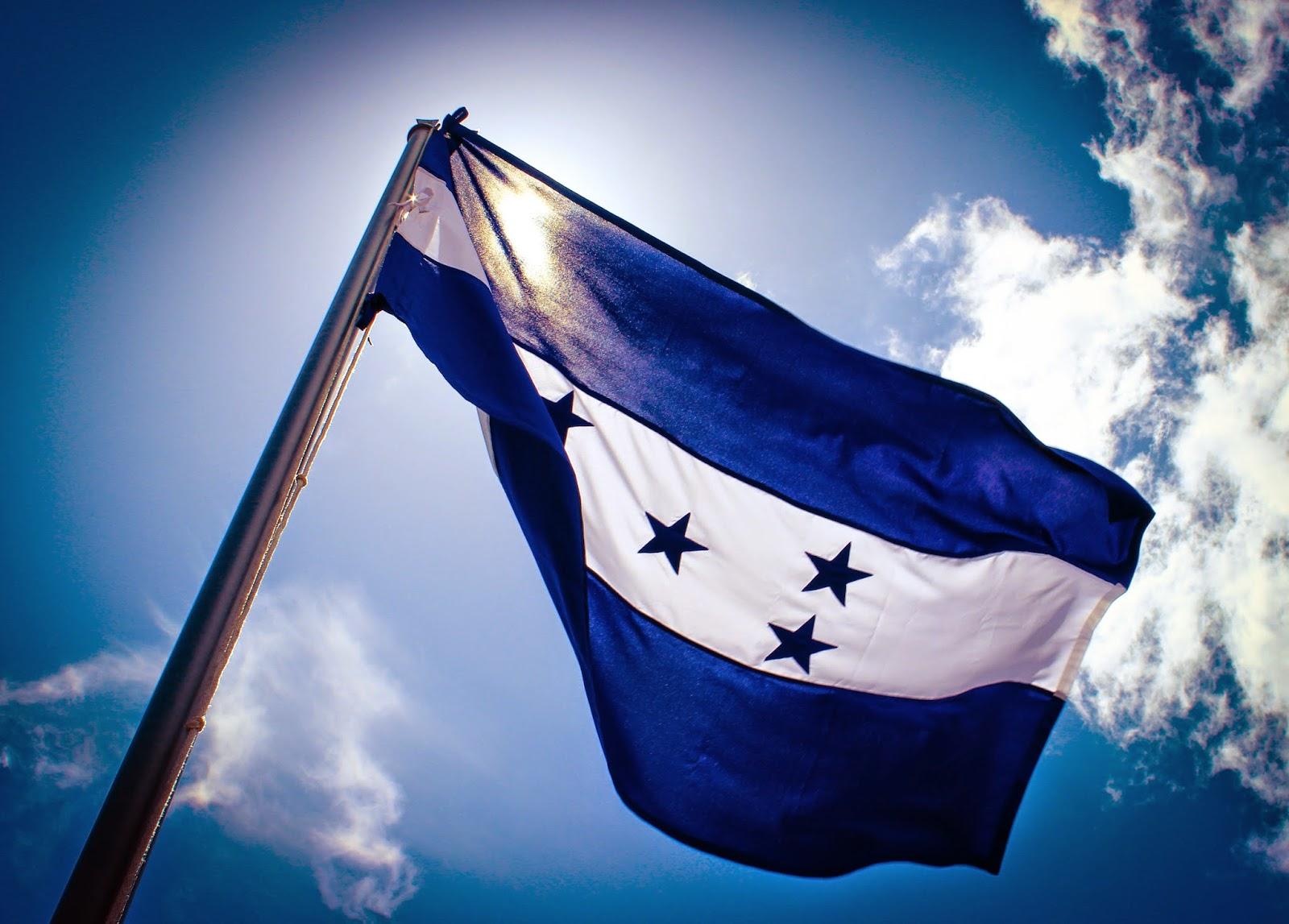 Resultado de imagen para bandera de honduras
