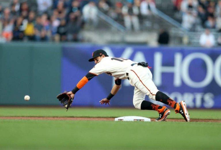 Mauricio Dubón marca sus primeros pasos en la MLB.