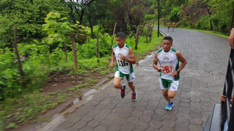 El joven de Yamaranguila en plena competencia.