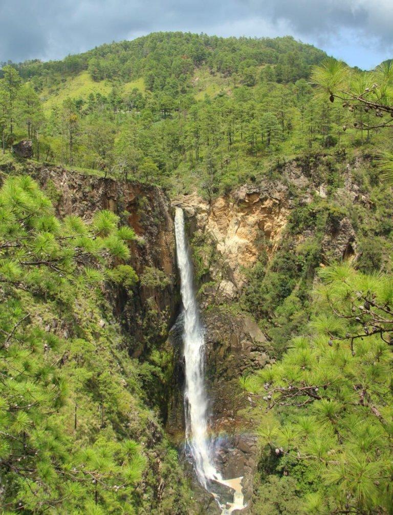 Cascada La Fortuna, una belleza intachable de El Paraíso
