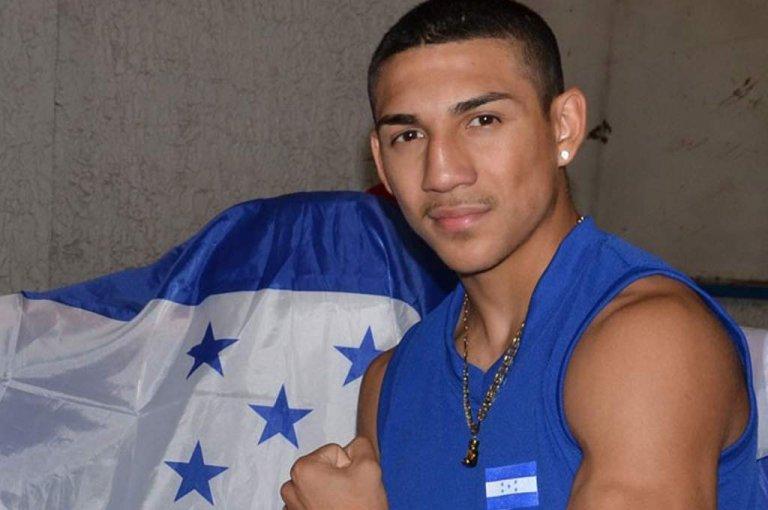 Teófimo López se muestra orgulloso de poder representar a Honduras.