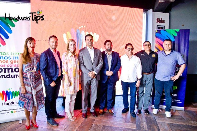 Representantes de La Comisión Naranja de Honduras, Spicy Rocket y Marca Honduras
