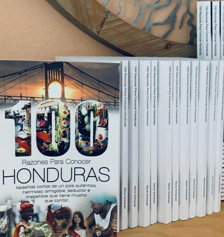 Sus ejemplares han sido vendidos a través de redes sociales en Estados Unidos, pronto estarán en Amazon y en Honduras.